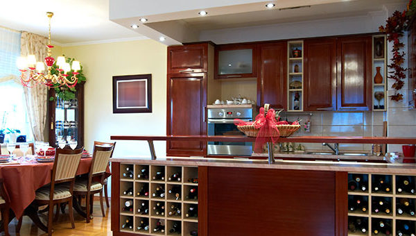 Necessary Elements Of A Wet Bar For Your Kitchen In Or Outdoors