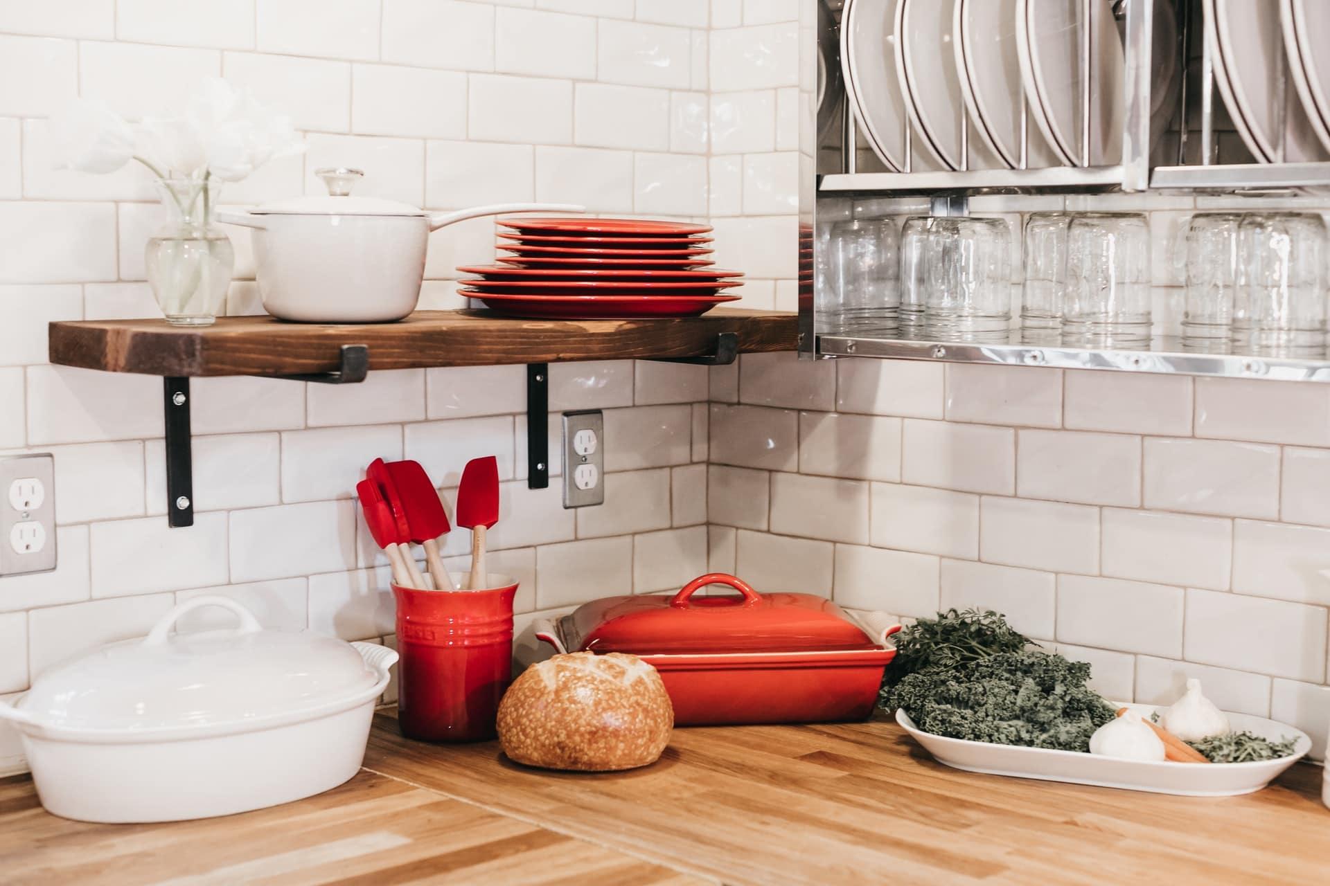modern backsplash in a kitchen