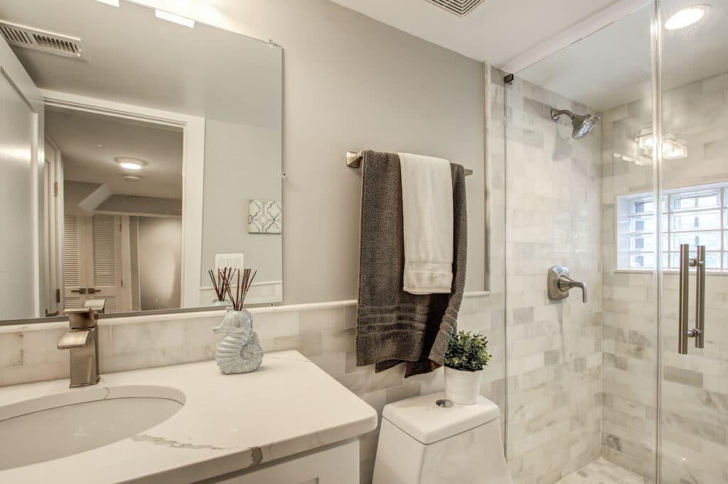 length bathroom remodleing Olney