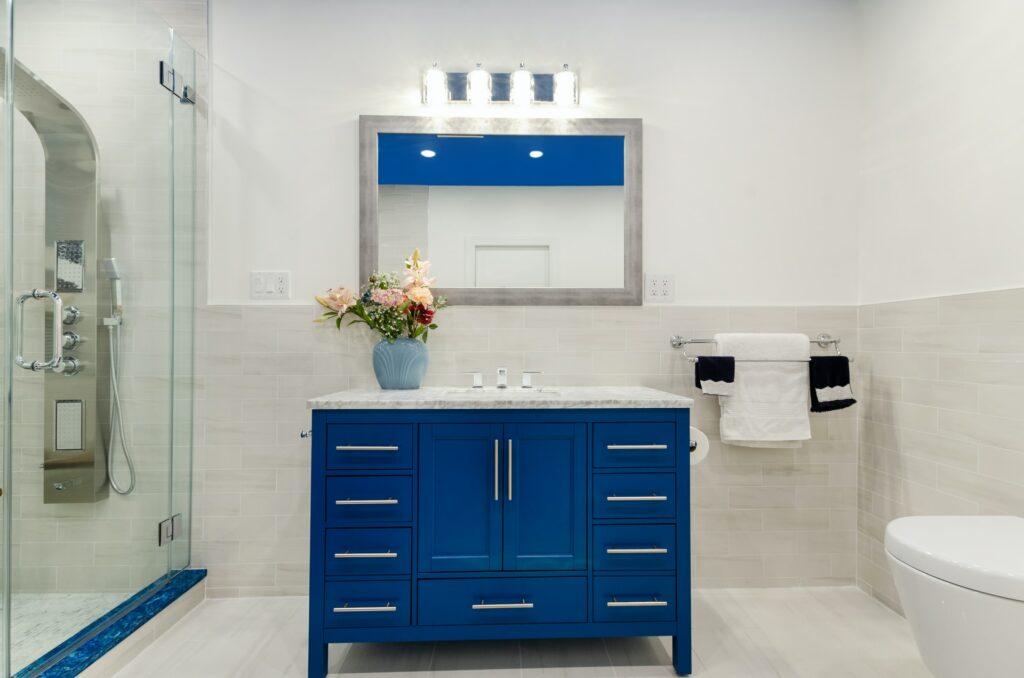 small bathroom lighting mistakes