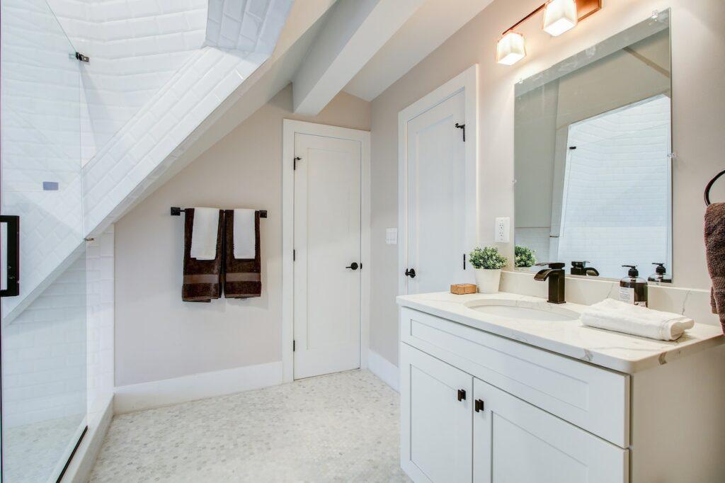 partial bathroom remodel costs